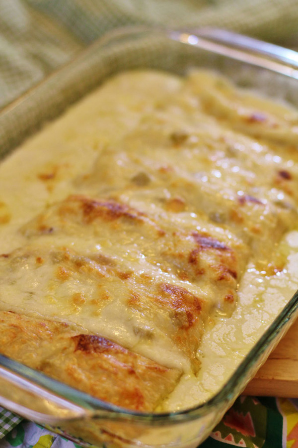 Chicken Enchiladas With Creamy Green Sauce Recipe — Dishmaps